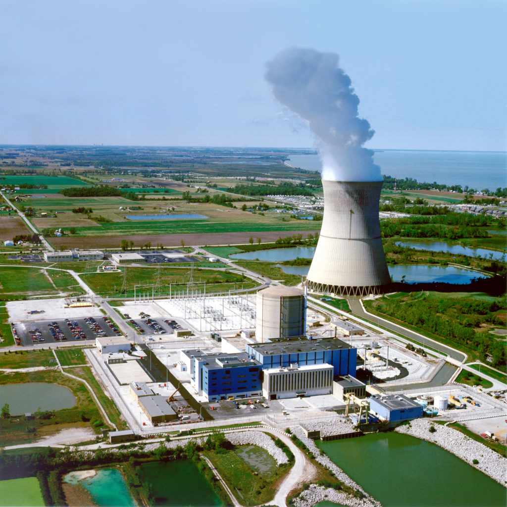 Aerial photo of the Davis-Besse nuclear plant in Ohio